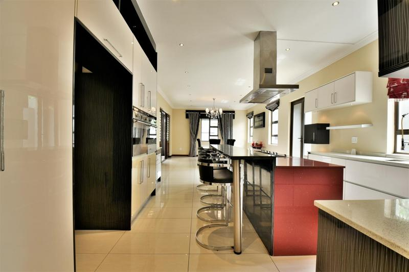 Property For Sale in Woodmead, Sandton 7
