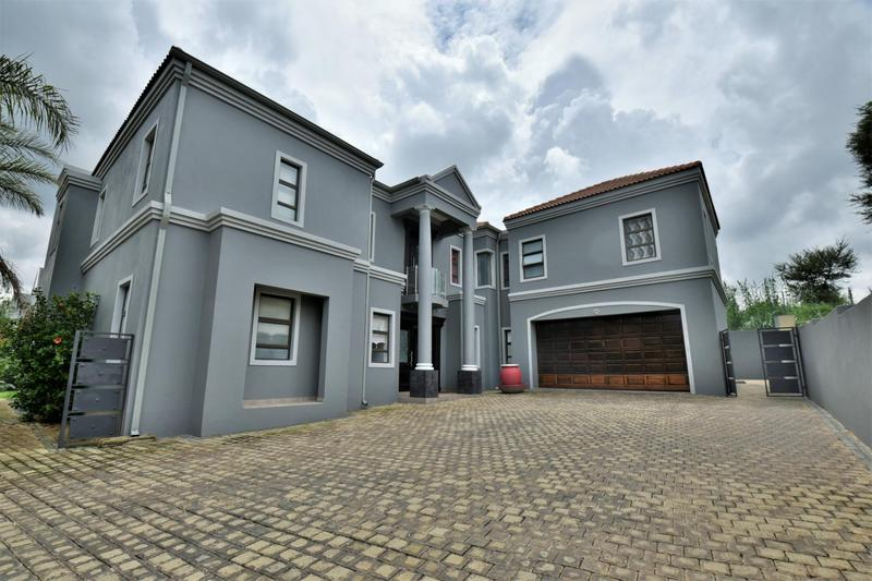 Property For Sale in Woodmead, Sandton 1