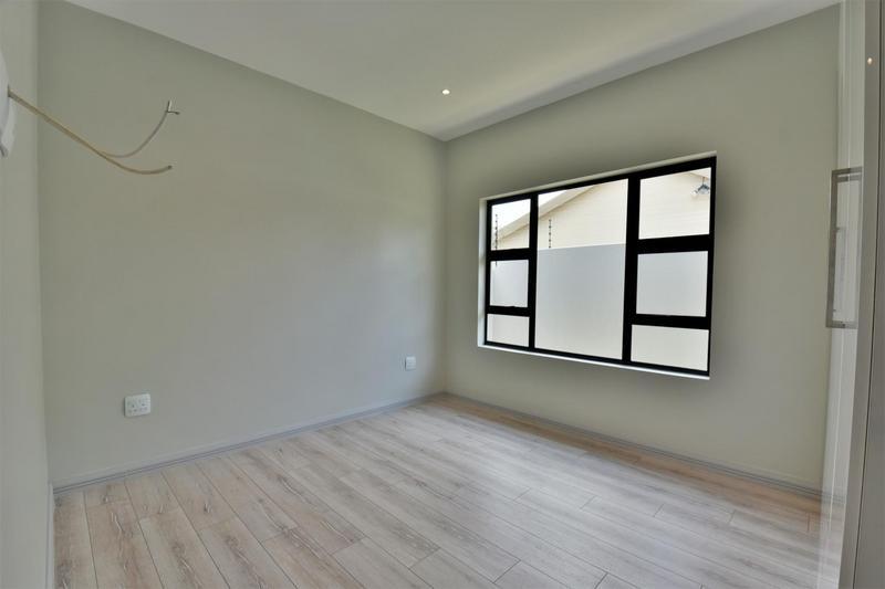 Property For Sale in Bedfordview, Bedfordview 14