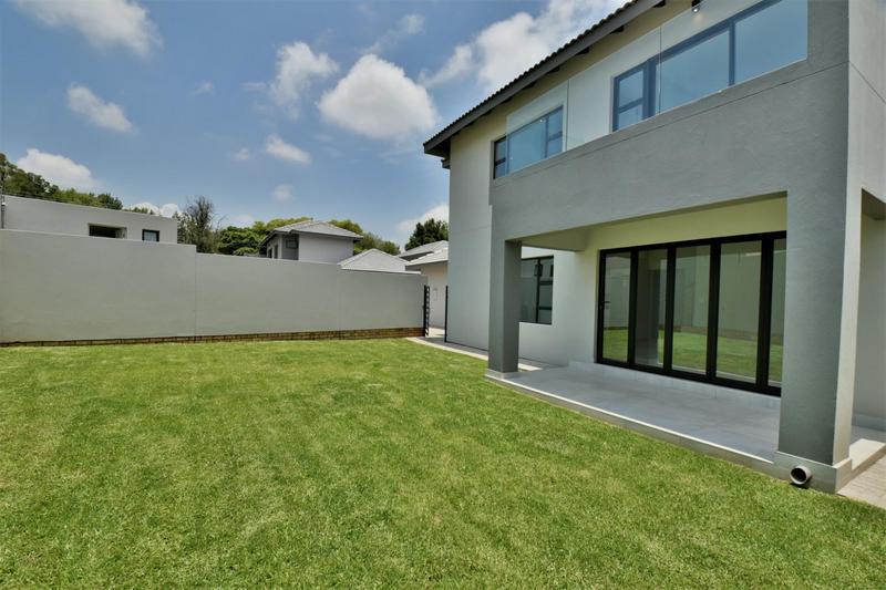 Property For Sale in Bedfordview, Bedfordview 23