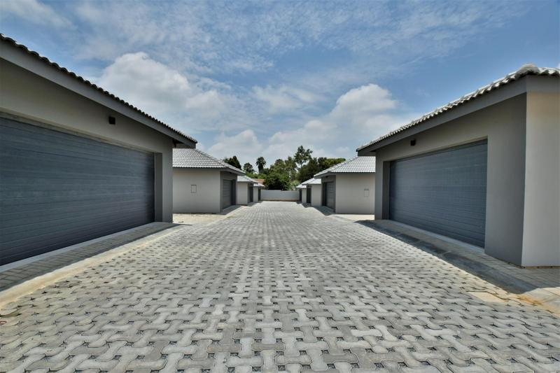 Property For Sale in Bedfordview, Bedfordview 24