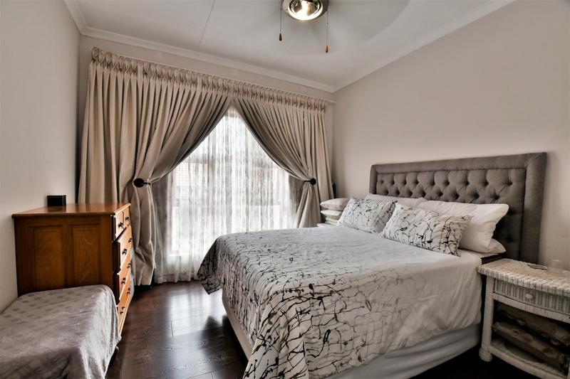 Property For Sale in Mulbarton, Johannesburg 9