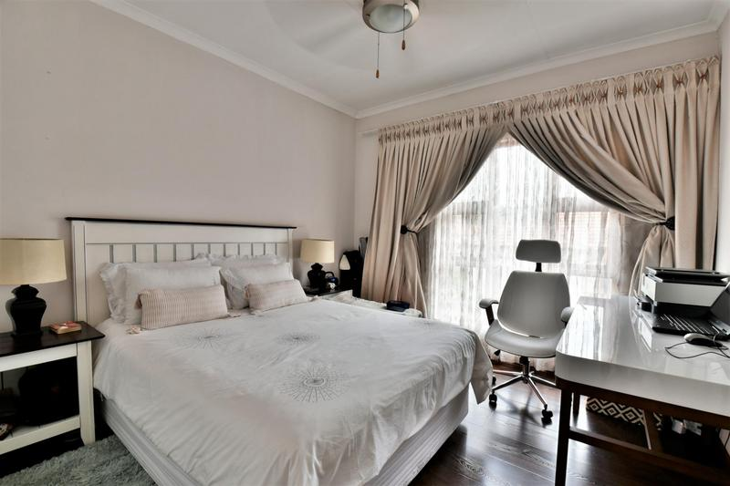 Property For Sale in Mulbarton, Johannesburg 12