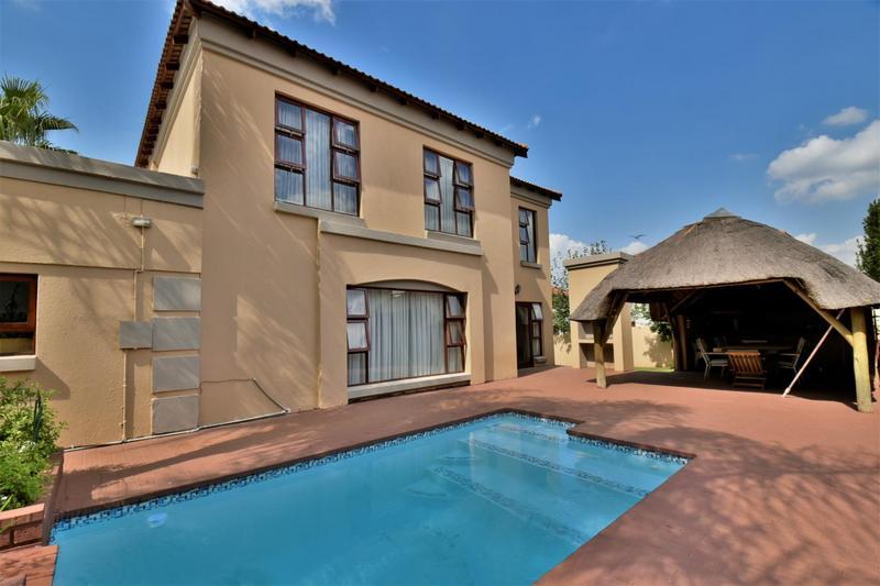 Property For Sale in Mulbarton, Johannesburg 22