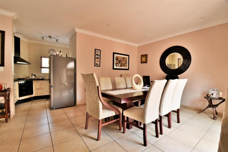 Property For Sale in Mulbarton, Johannesburg 5