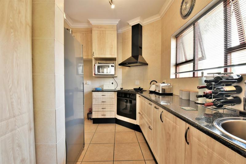 Property For Sale in Mulbarton, Johannesburg 2