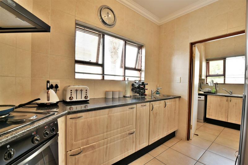 Property For Sale in Mulbarton, Johannesburg 3