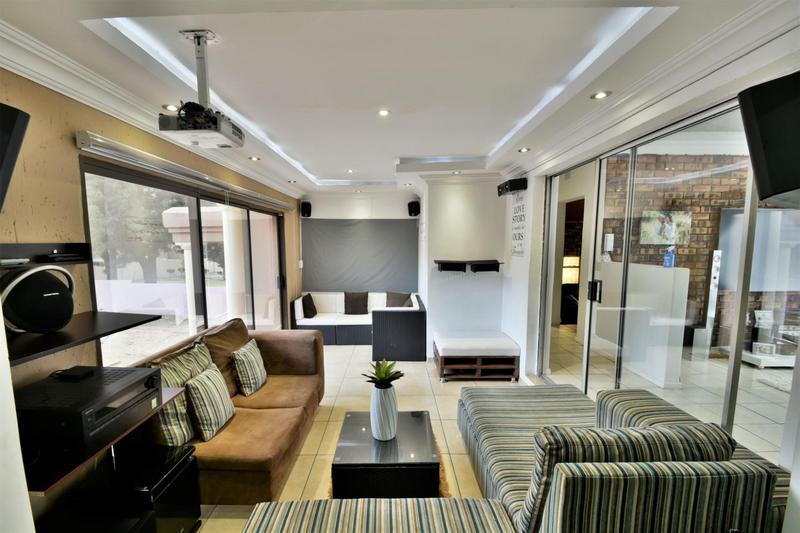 Property For Sale in Ridgeway, Johannesburg 4