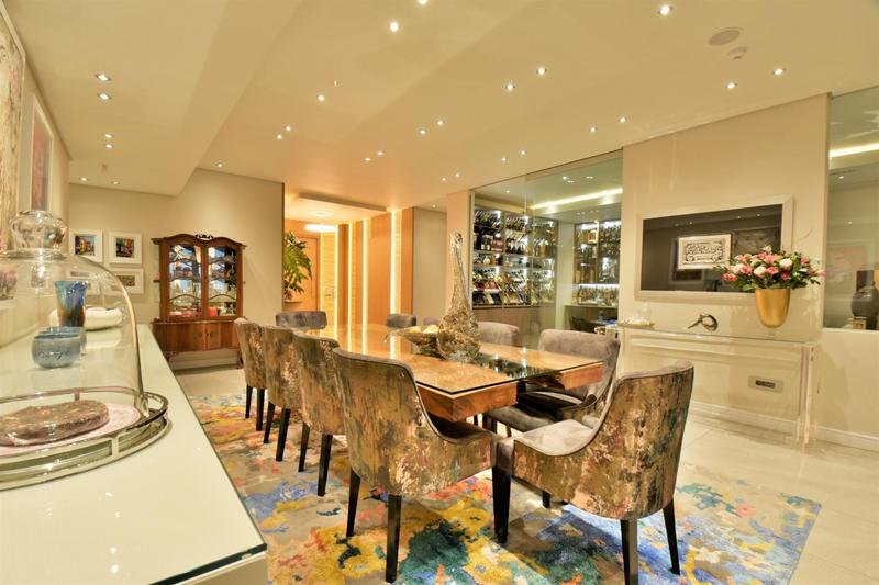 Property For Sale in Sandhurst, Sandton 21