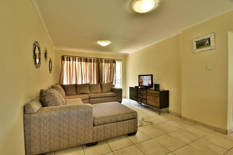 Property For Sale in Meredale, Johannesburg 3
