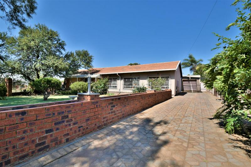 Property For Sale in South Crest, Alberton 21