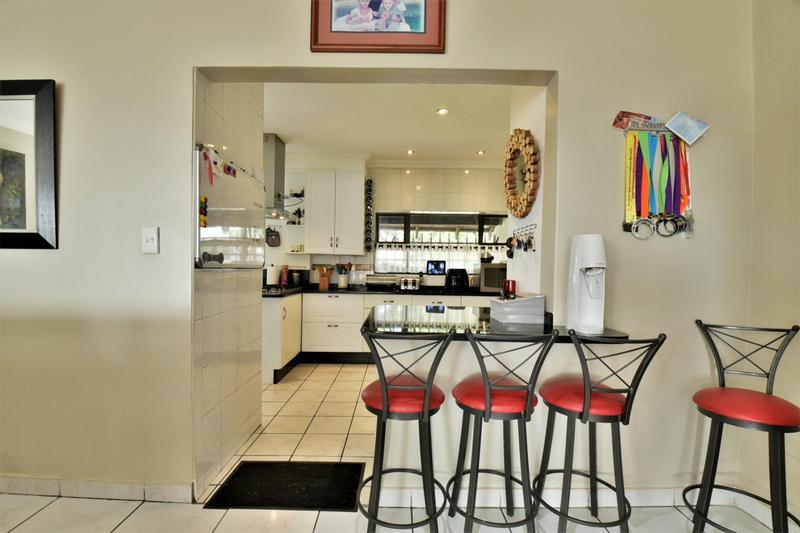 Property For Sale in Sunnyridge, Germiston 9