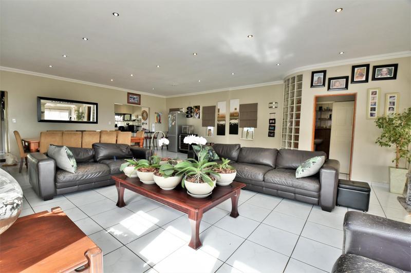 Property For Sale in Sunnyridge, Germiston 14