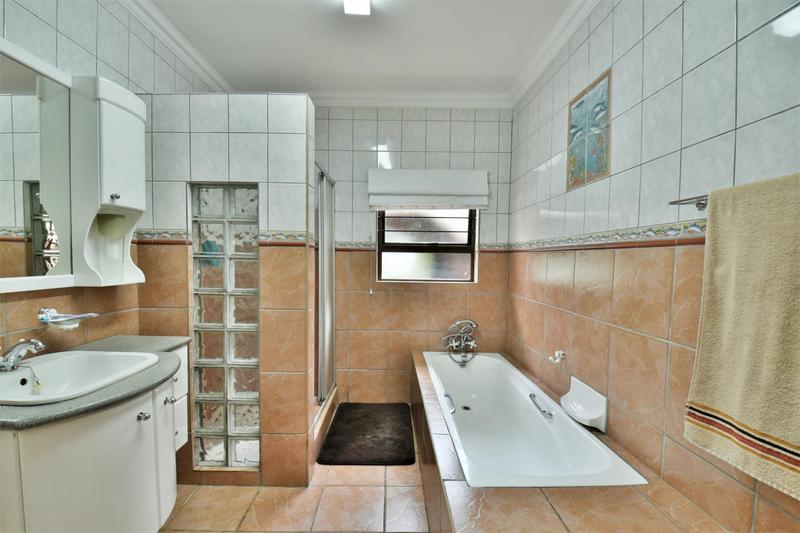 Property For Sale in Sunnyridge, Germiston 28