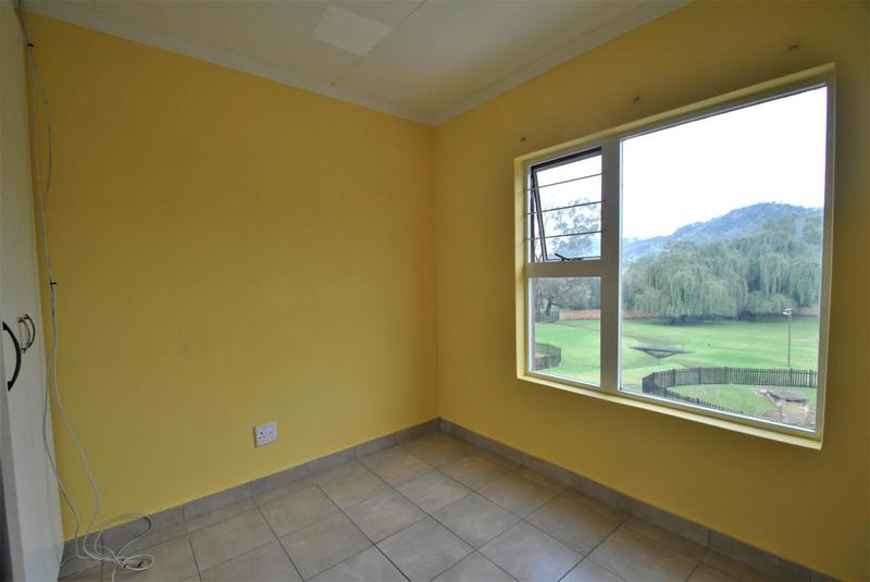 Property For Sale in Meredale, Johannesburg 9