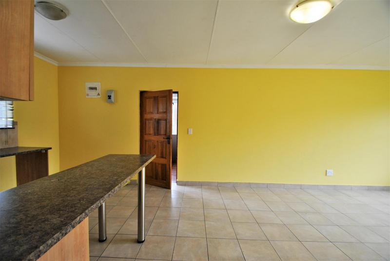 Property For Sale in Meredale, Johannesburg 12