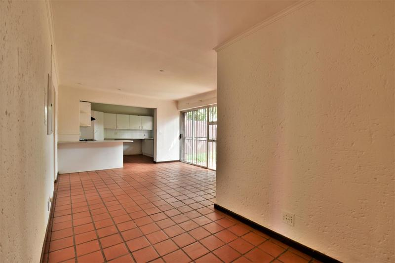 Property For Sale in Orchards, Johannesburg 10