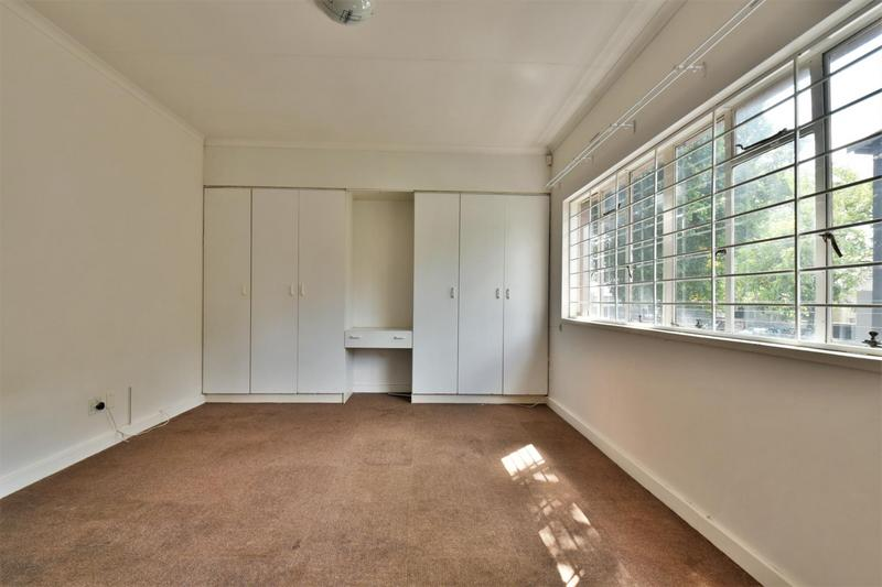 Property For Sale in Orchards, Johannesburg 11