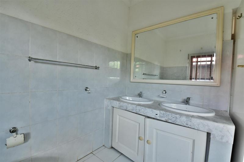 Property For Sale in Orchards, Johannesburg 13