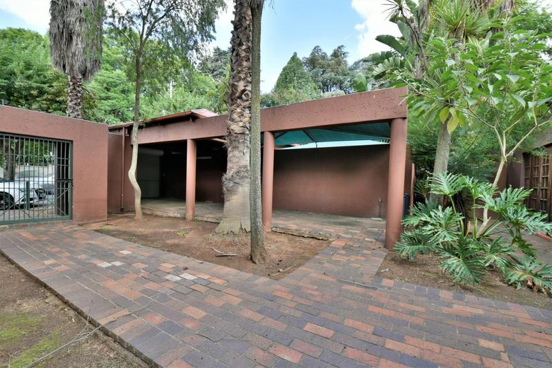 Property For Sale in Orchards, Johannesburg 17