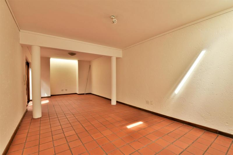 Property For Sale in Orchards, Johannesburg 23
