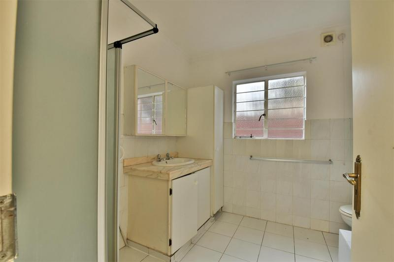 Property For Sale in Orchards, Johannesburg 27