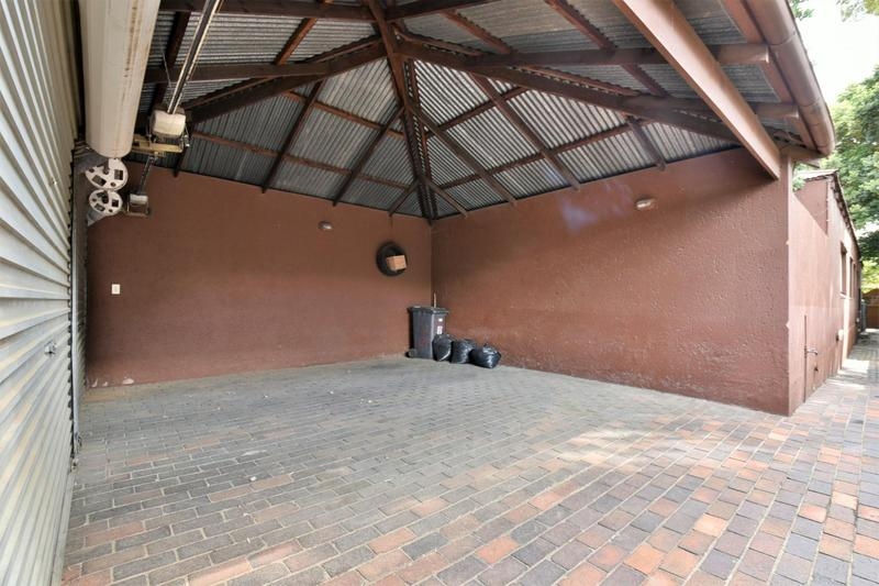 Property For Sale in Orchards, Johannesburg 31