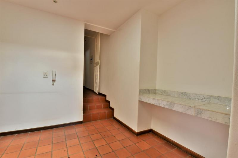 Property For Sale in Orchards, Johannesburg 32