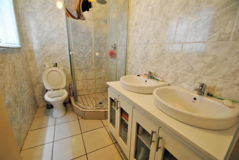 Property For Sale in Dawn Park, Boksburg 12