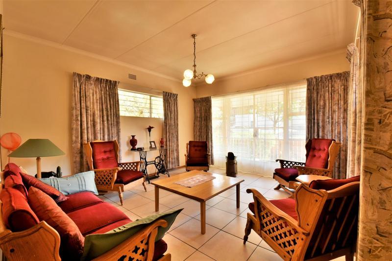 Property For Sale in Oakdene, Johannesburg 6