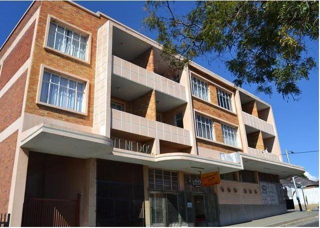 Property For Sale in Rosettenville, Johannesburg 4