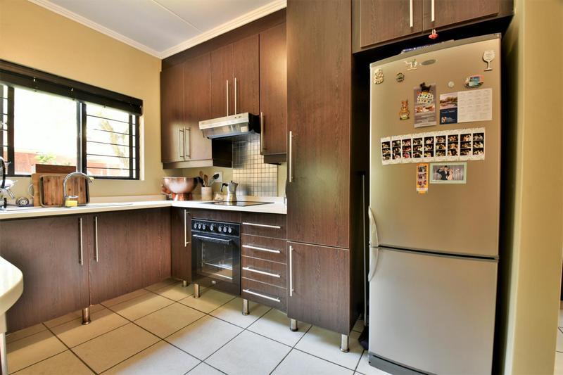 Property For Sale in Douglasdale, Sandton 4
