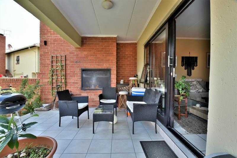 Property For Sale in Douglasdale, Sandton 11