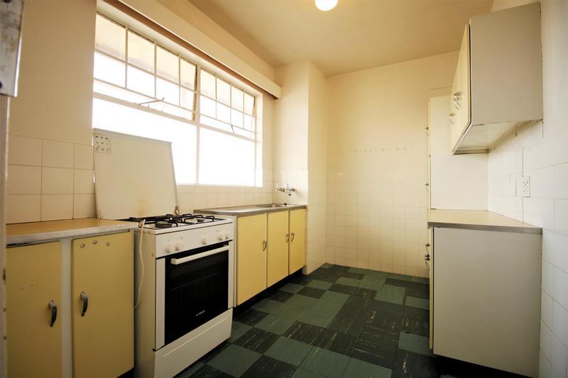 Property For Sale in Parktown, Johannesburg 6