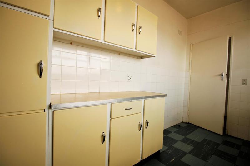 Property For Sale in Parktown, Johannesburg 7