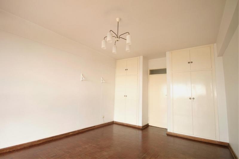 Property For Sale in Parktown, Johannesburg 8