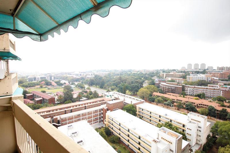 Property For Sale in Parktown, Johannesburg 12