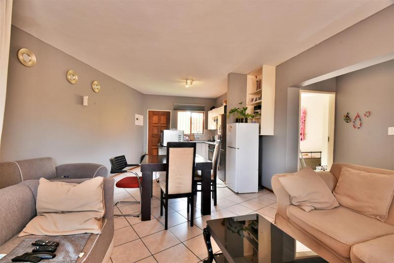 Property For Sale in Winchester Hills, Johannesburg 8