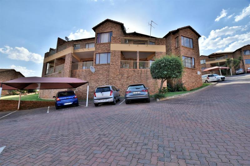 Property For Sale in Winchester Hills, Johannesburg 16