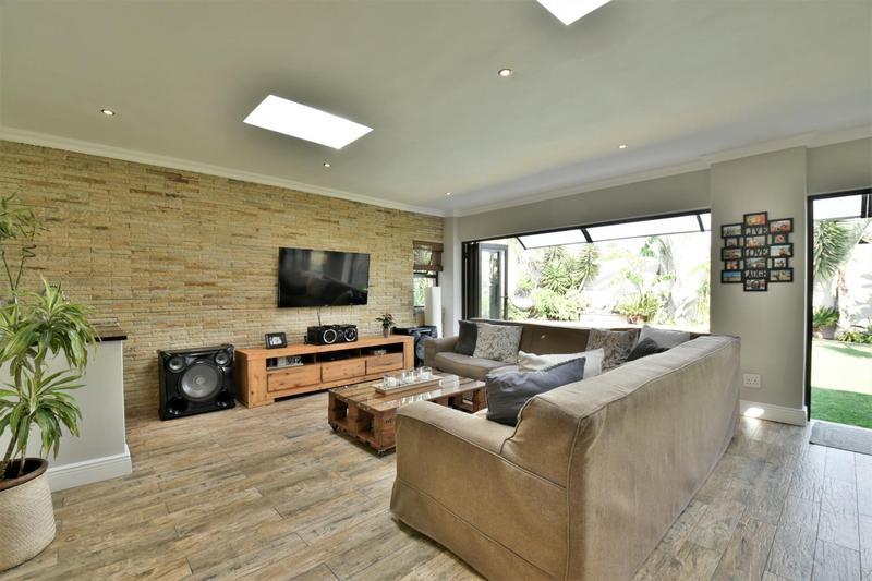 Property For Sale in Sunnyridge, Germiston 7