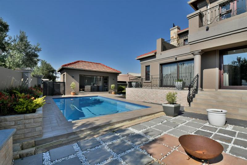 Property For Sale in Willowbrook, Roodepoort 23
