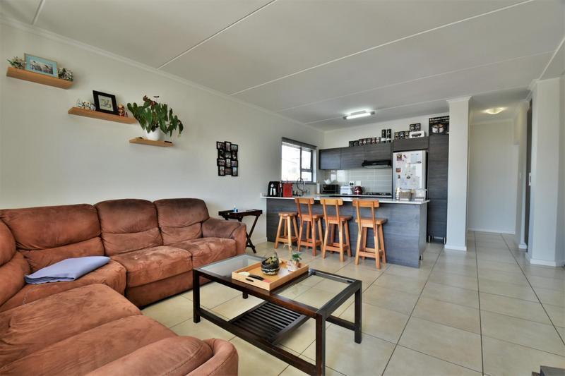Property For Sale in Oakdene, Johannesburg 4