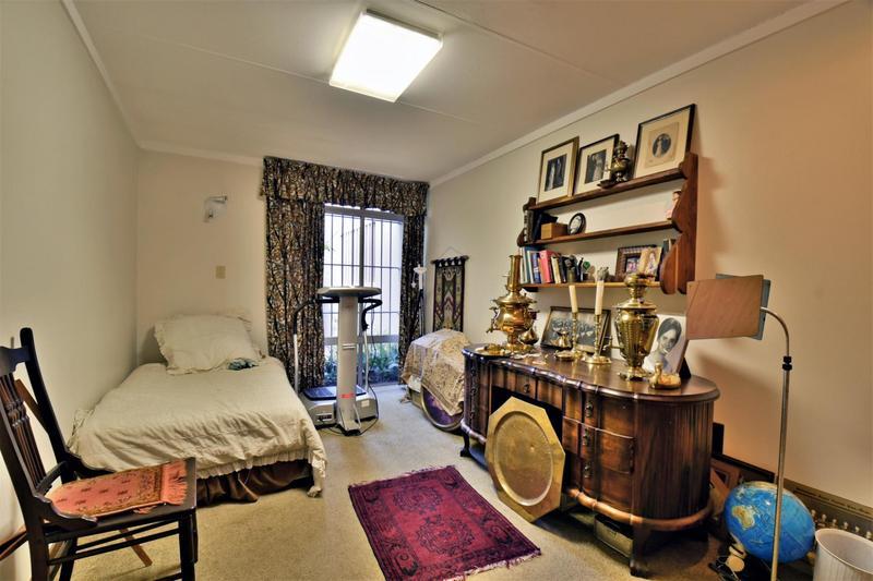 Property For Sale in Parktown, Johannesburg 30