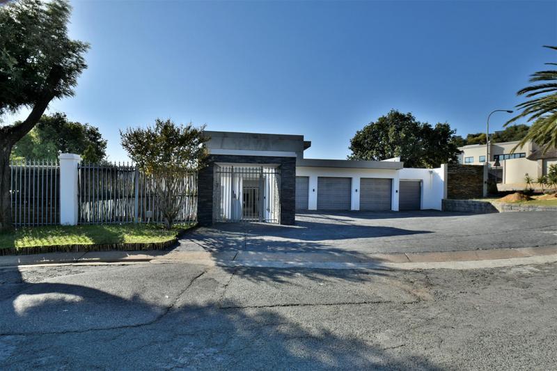Property For Sale in Glenvista, Johannesburg 2
