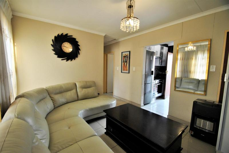 Property For Sale in Ormonde, Johannesburg 7