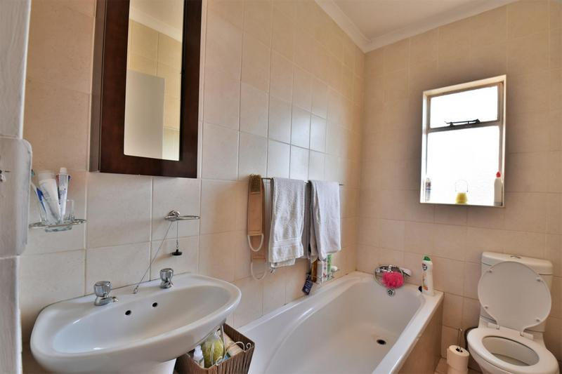 Property For Sale in Forest Hill, Johannesburg 9