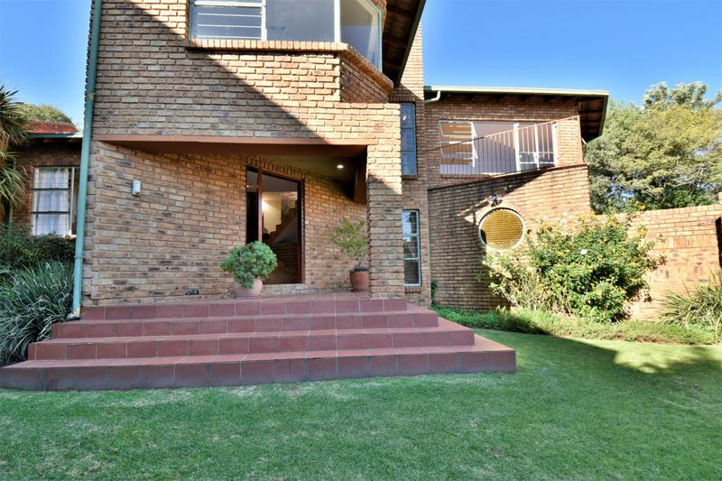 Property For Sale in Bassonia, Johannesburg 4