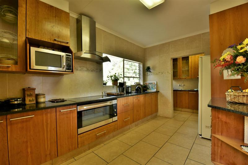 Property For Sale in Bassonia, Johannesburg 5
