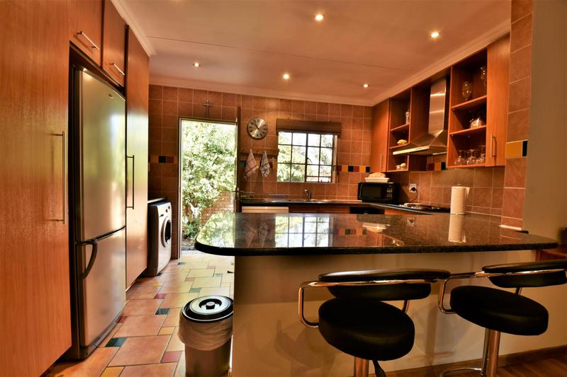 Property For Sale in Craigavon, Sandton 3