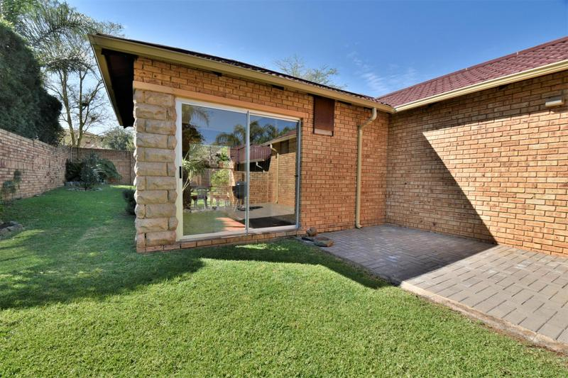 Property For Sale in Craigavon, Sandton 10